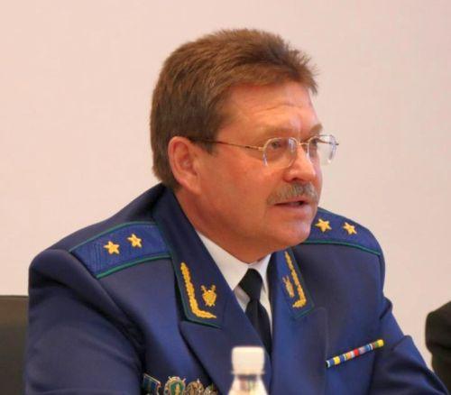 Статья-биография о Каплунове Виталии Николаевиче - прокуроре Хабаровского края.